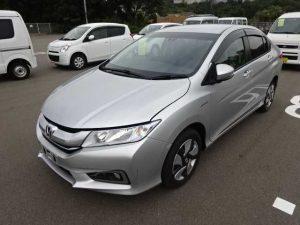 Honda Grace DX 2015-Automotive